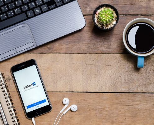 Here's What Recruiters Looks For In A Candidate's LinkedIn Profile