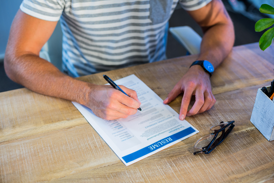 4 Non-Negotiables You Must Have On Your Resume